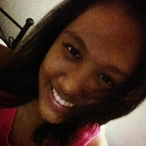 alyana14's avatar