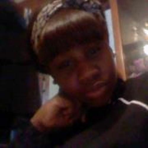 Quianna Zakia Andrews's avatar
