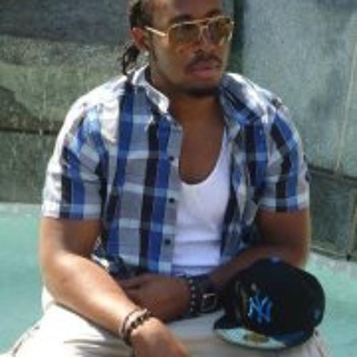 Jay Phie's avatar