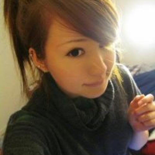 Nicola Flores's avatar