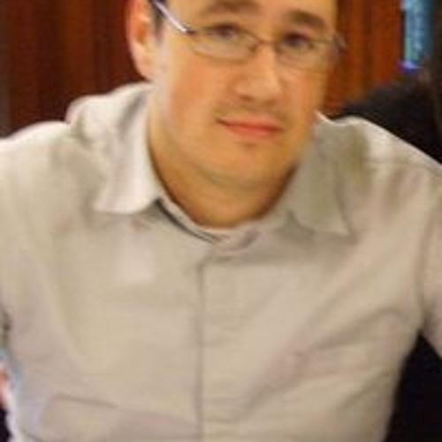 Manu Soto's avatar