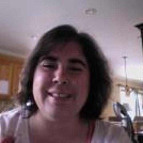 Julia Trainer's avatar