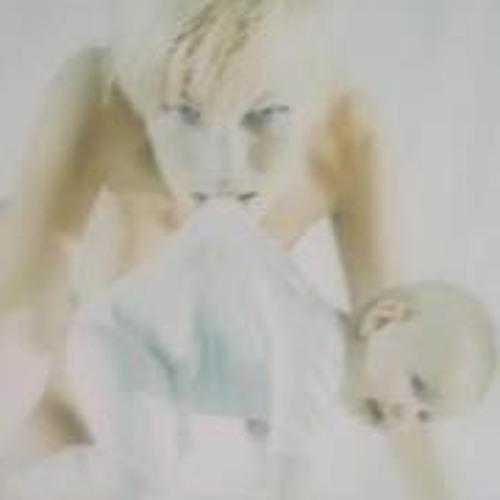 Glennie Calina Keller's avatar