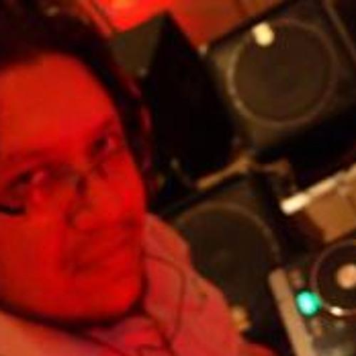 Alberto Gutierrez 11's avatar