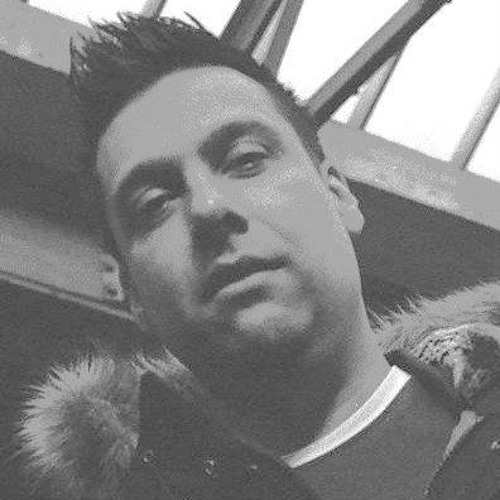 Mike C Diaz's avatar