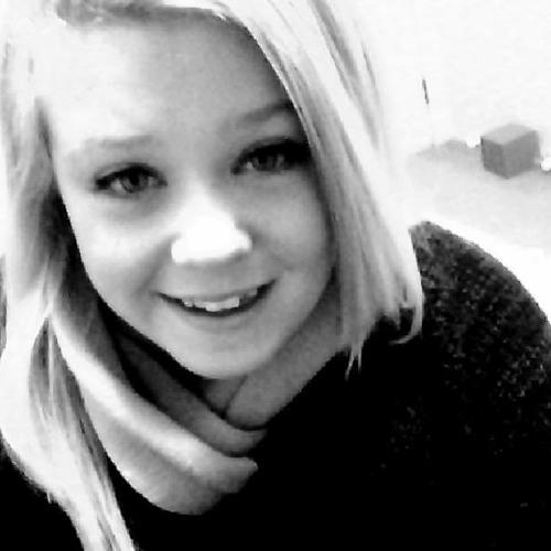 Britt Savvy's avatar