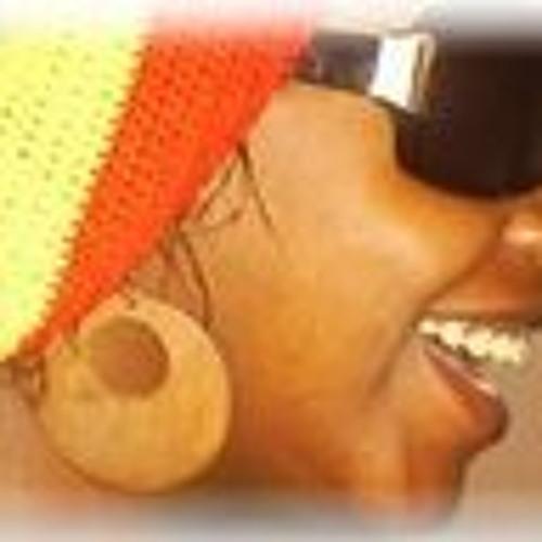 Beatriz Bastos 1's avatar