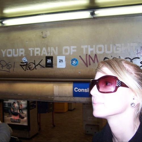 Shana Leigh Floto's avatar