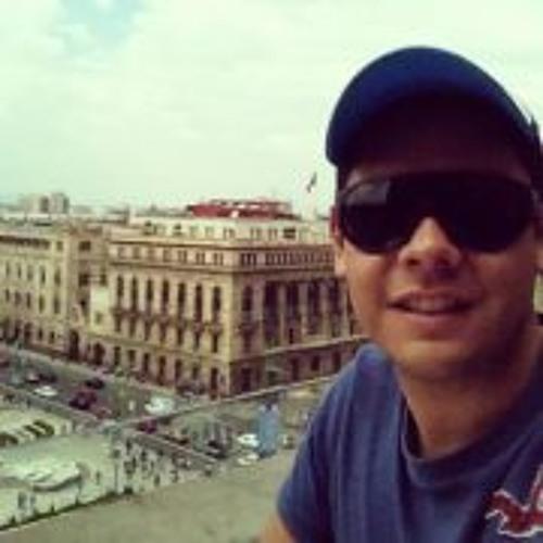 Carlos AguiLera 8's avatar