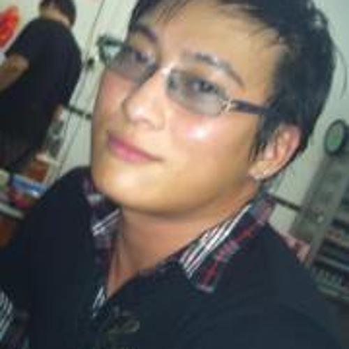 Sky Chiang Shek Sheung's avatar
