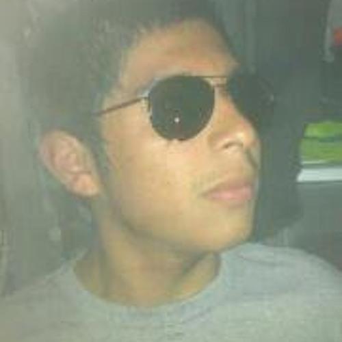 Luis Guerra 11's avatar