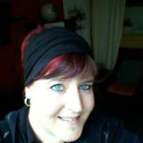 Nicole Requardt's avatar