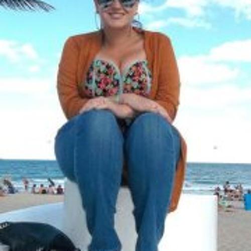Christina Ramos 3's avatar