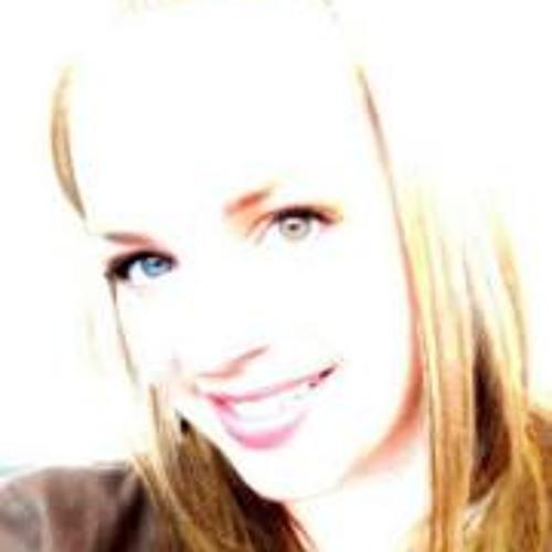 Amy Cyr's avatar