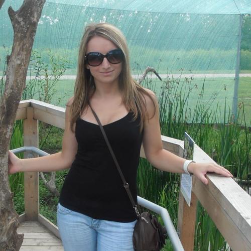 Melanye kurz's avatar