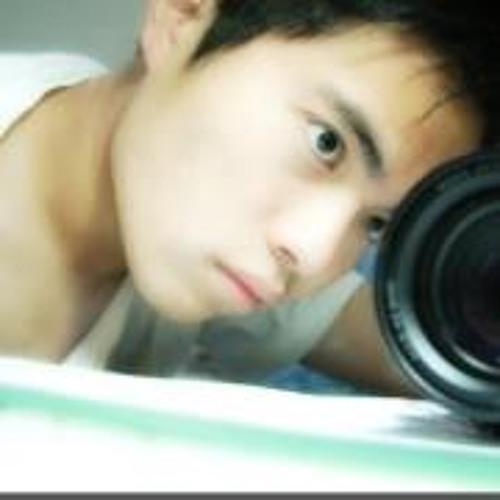 Yui Lee 1's avatar