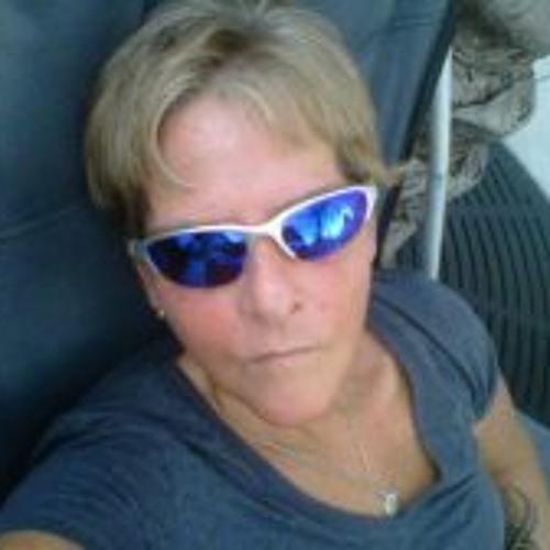 Carol Mcguigan's avatar