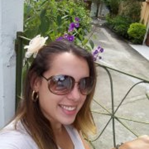 Caroline Reis 1's avatar