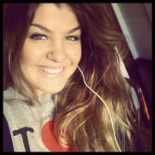 Mariana Hermeto's avatar