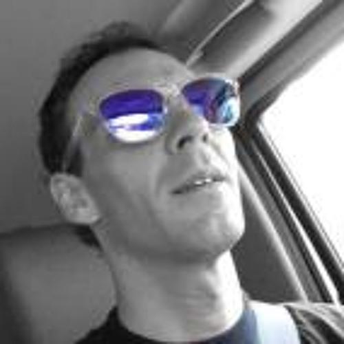 Travis Säler's avatar