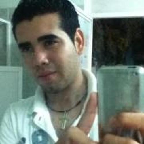 Carlos Beto Tello's avatar