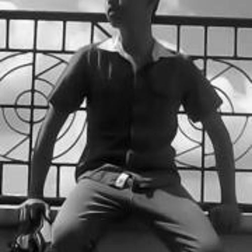 Dean Cainila's avatar