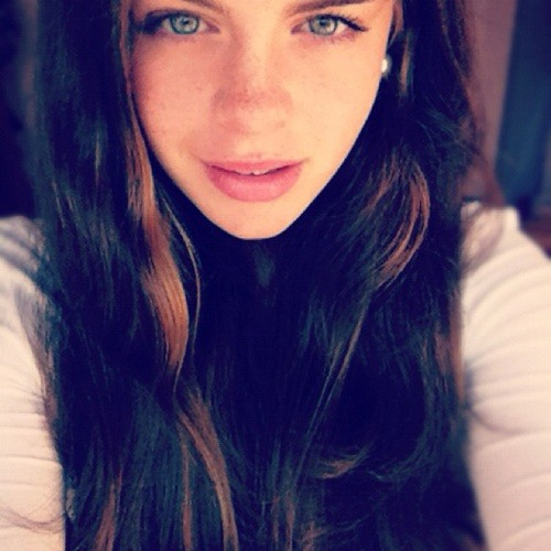 Sharon. F's avatar