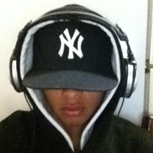 Mr. Txus's avatar