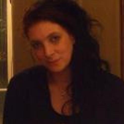 Julie Halsall's avatar