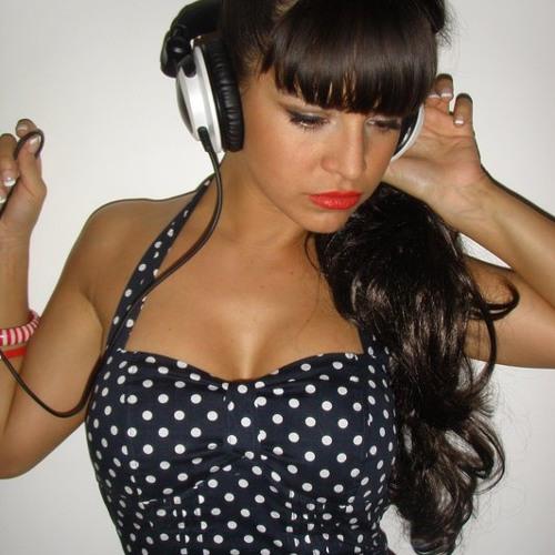 Profile photo of Laura Rojo