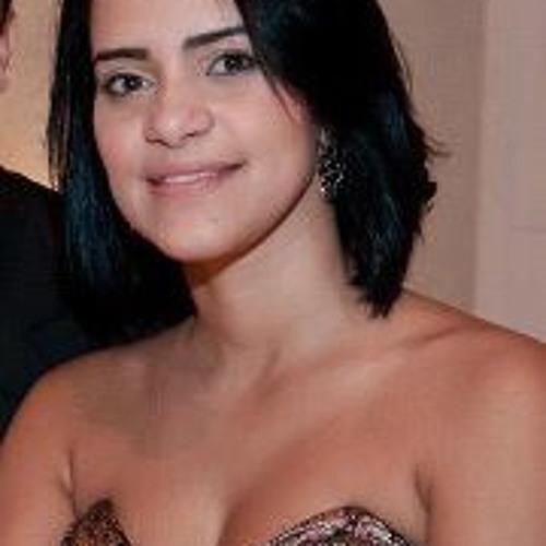 Michele Pessoa's avatar
