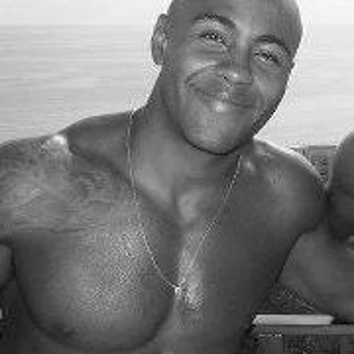 Armando Aguiar's avatar