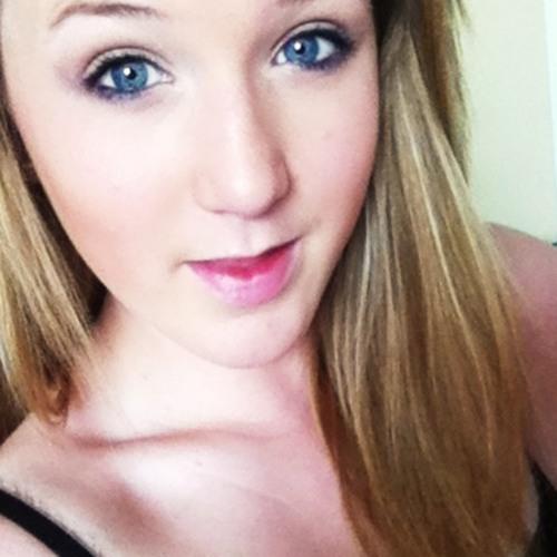 LucyMaee's avatar