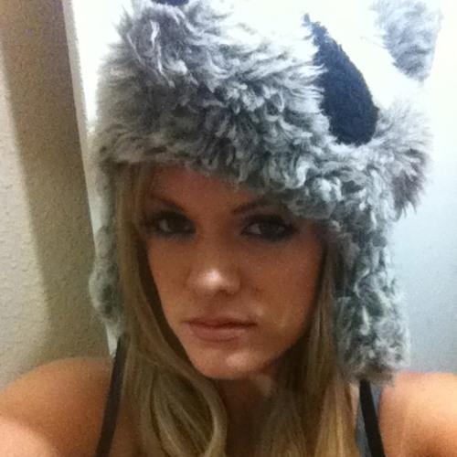Cara Colleen's avatar