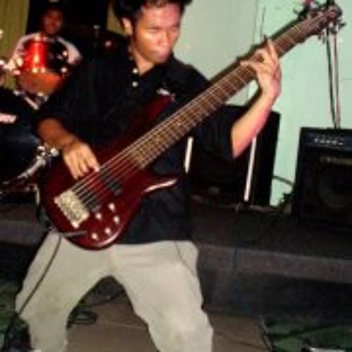 Francis Agustin Flores's avatar