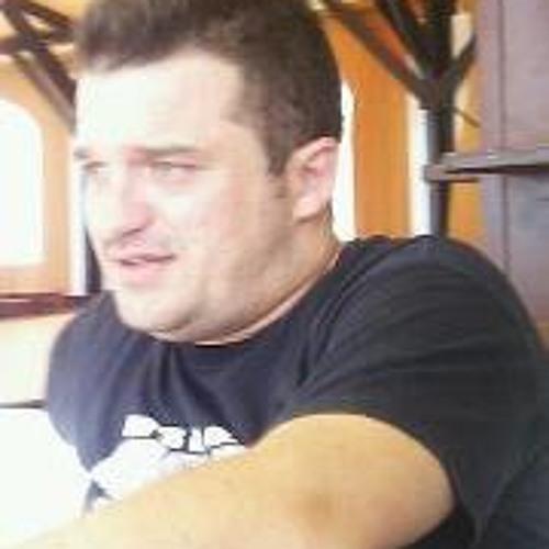 Luis de la Torre 8's avatar
