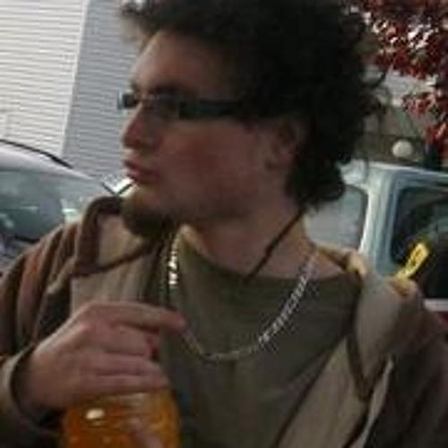 Faya Vlakyadubon's avatar