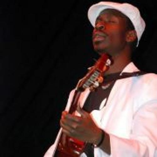Myko Ouma's avatar