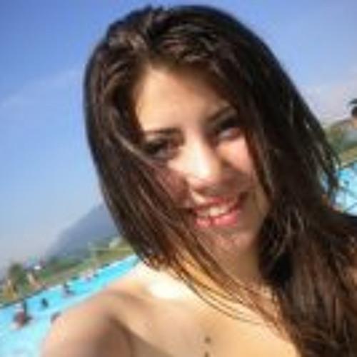Mariana Espinoza Vaganay's avatar