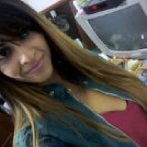Fe Moura Melo's avatar