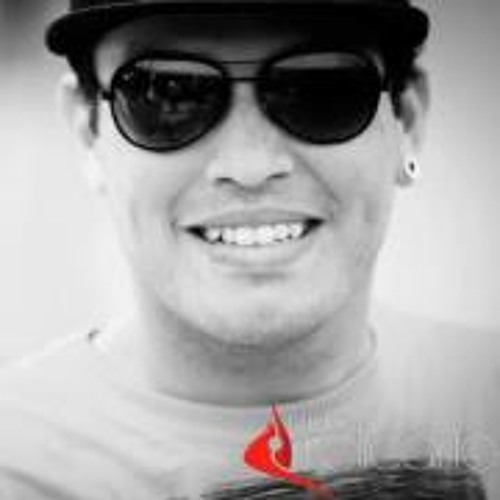 Flavio Santos 15's avatar