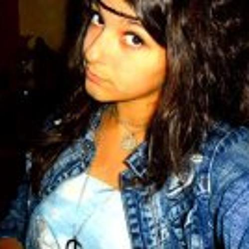 Maeva Dias's avatar
