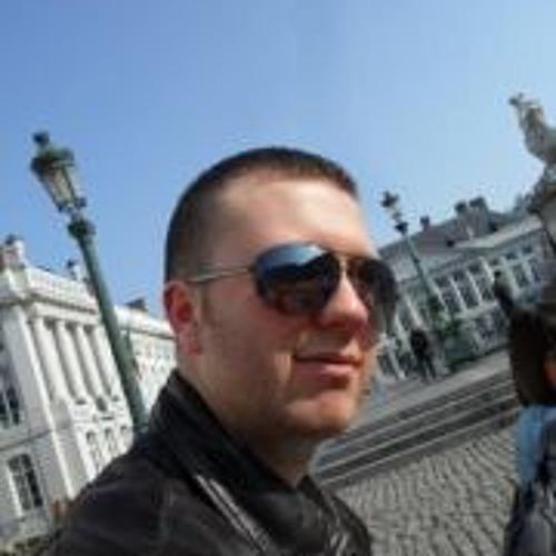 Simon Saint Pol's avatar