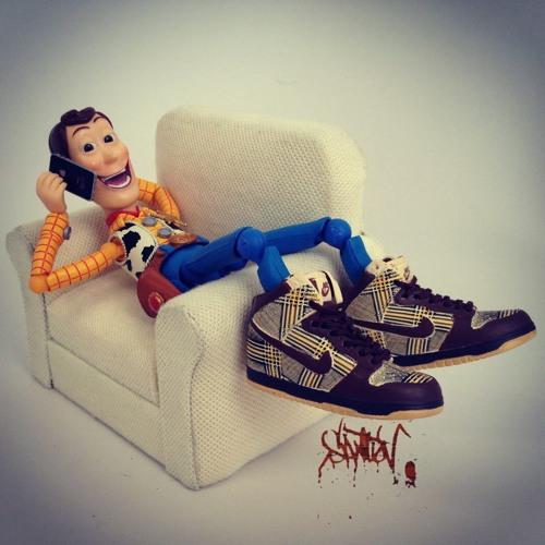 WoodyTheDJ's avatar