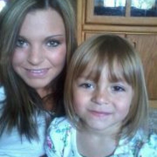Chelsey Lynn Robinson's avatar