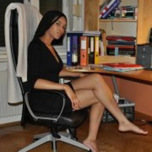 Sieglinde Marlene's avatar