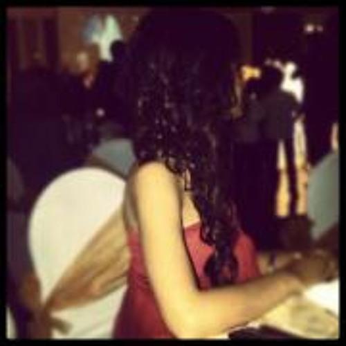 Dina Farid's avatar