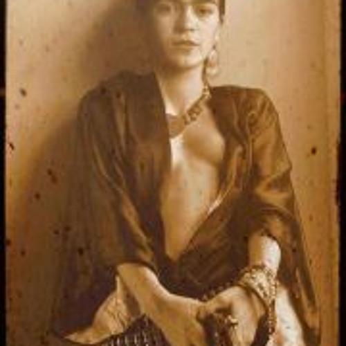 Elizabeth Nieves 2's avatar