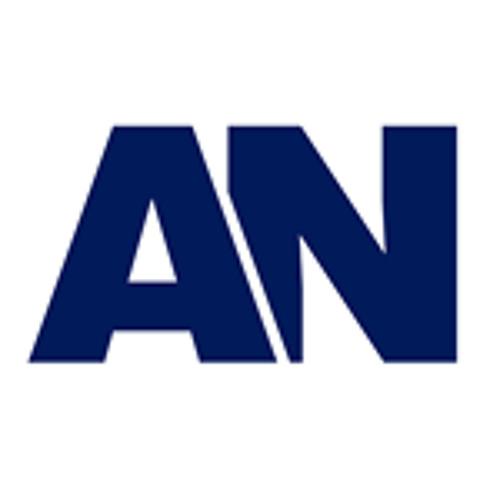 Álvaro Noboa habla sobre la crisis del banano en el Ecuador