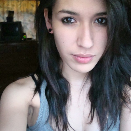 Vivian Hdz's avatar
